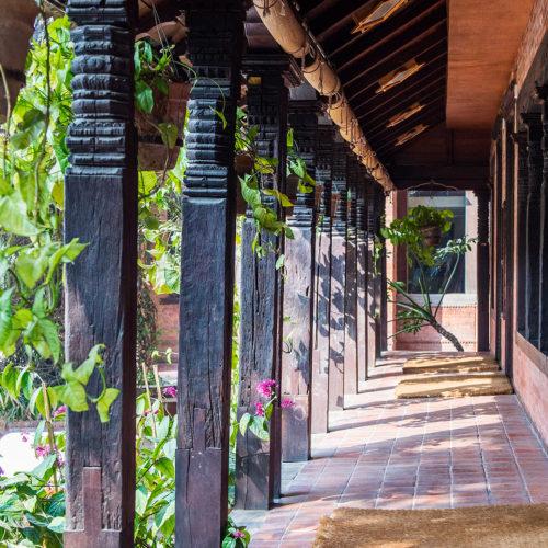 dwarikas-hotel-kathmandu-corridor