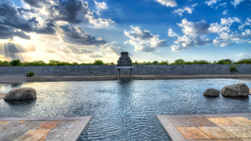 Orange County, Hampi pool view
