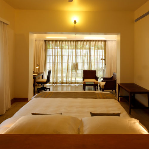 eight-bastion-hotel-room