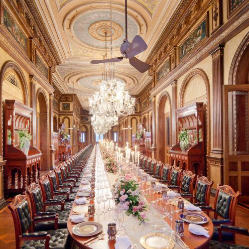 taj-falaknuma-palace-dining-room