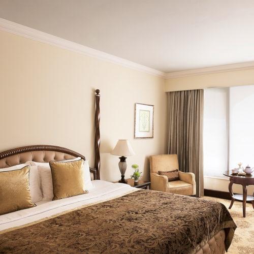 taj-krishna-hyderabad-bedroom