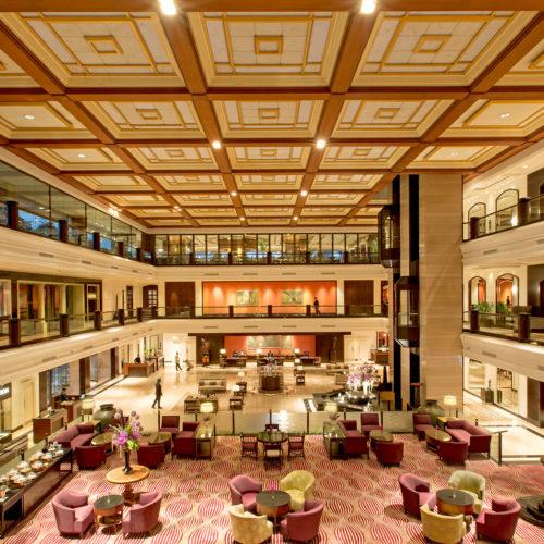 taj-lands-end-mumbai-lobby