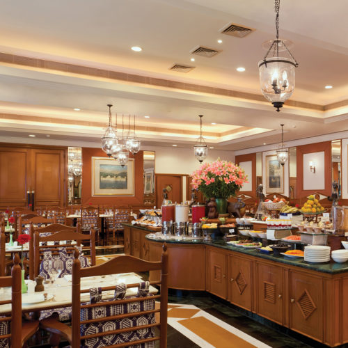 Trident Jaipur breakfast area