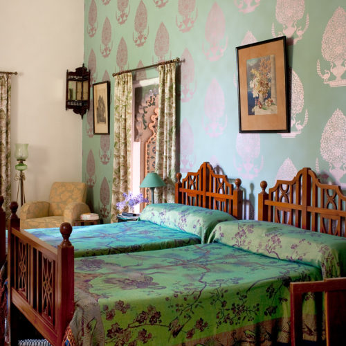 udai-bilas-palace-bedroom
